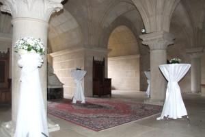 Bojnice_castle_column_hall_2