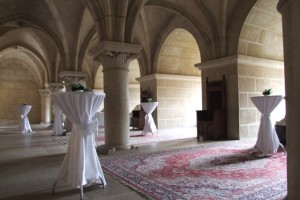 Bojnice_castle_column_hall_3
