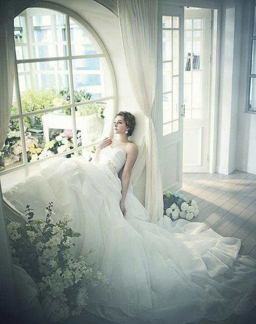 relaxed_bride