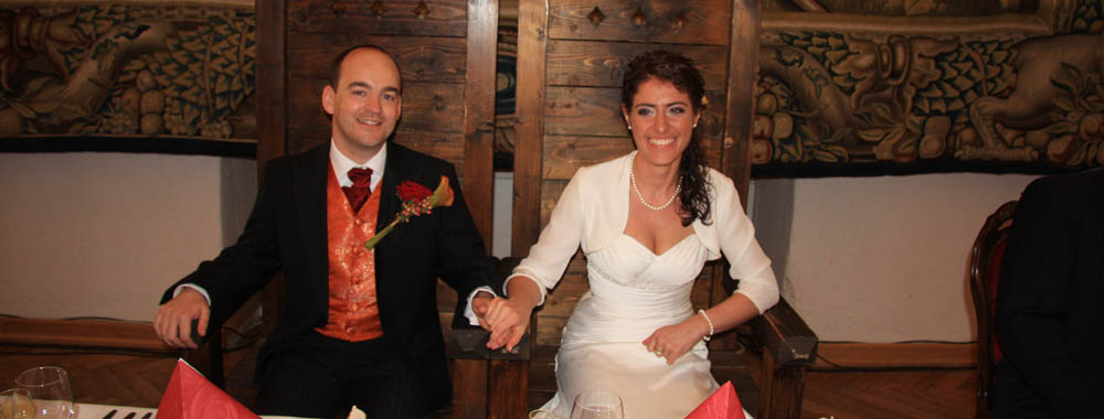 Bojnice_castle_wedding_JJ_present